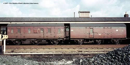 britishrail lms stover 6wheen passengerbrake m32944m lner bz brakevan e70700e npcs andover hampshire train railway locomotive railroad