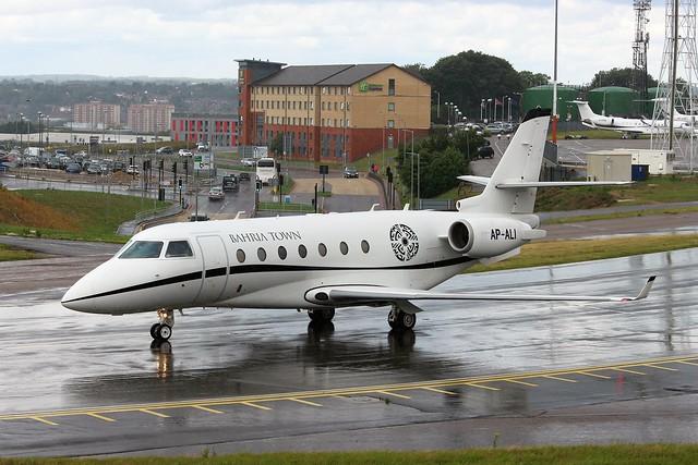 AP-ALI Gulfstream G200