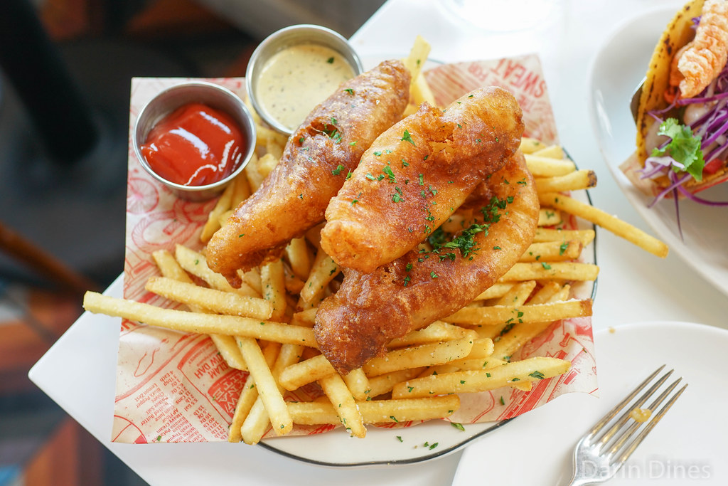 fish and chips @ fishing with dynamite