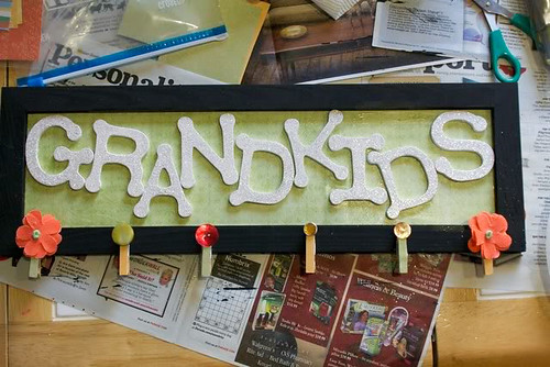 DIY Grandkids sign | by Emmymom2