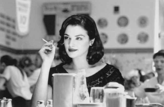 Rachel Weisz smoking 1