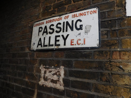 Clerkenwell: Passing Alley | by Paul The Archivist