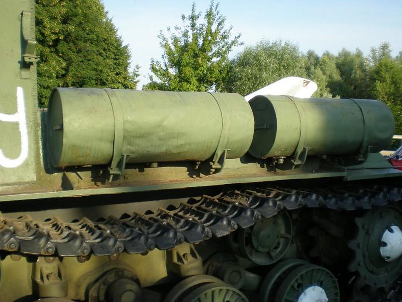 ISU-152 4