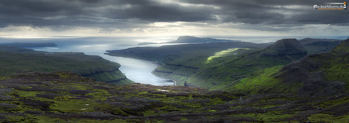 View from Skeiðsskarð to Nolsoy | by dieLeuchtturms