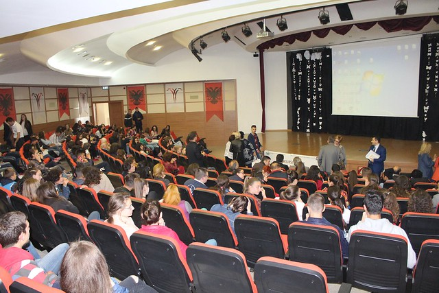 Albania-2017-05-11-Young Albanians Compete with Essays about UPF Founder