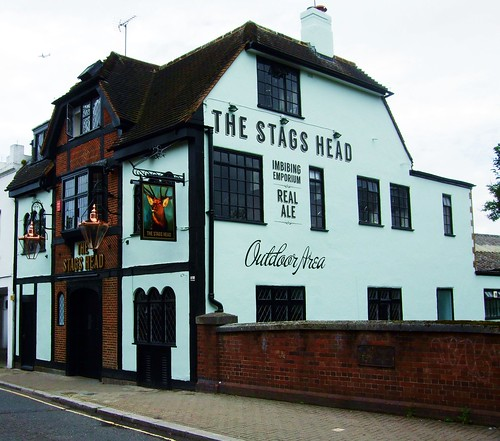 The Stag's Head Pub, East Sheen - London. | by Jim Linwood