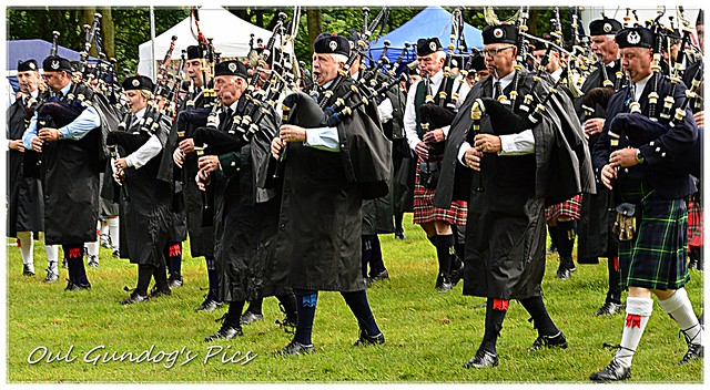 Wi a Hundred Pipers!