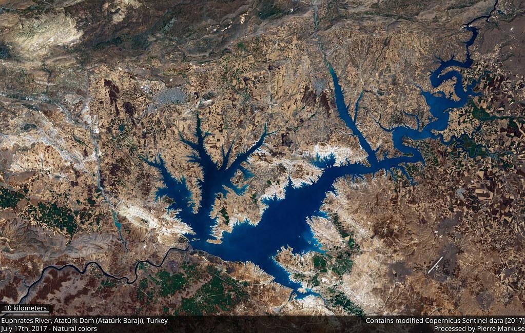 Atatürk_Dam_S2A_432_crop_10