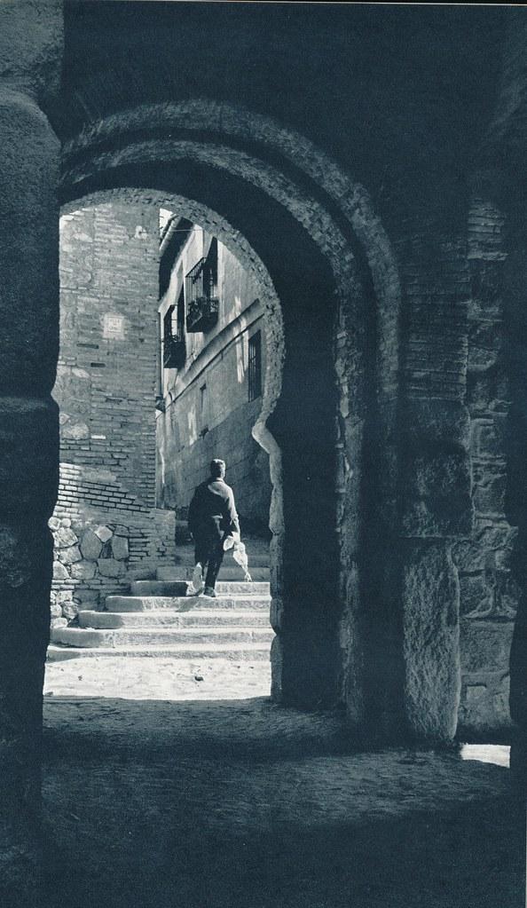 Puerta Vieja de Bisagra en Toledo hacia 1967 por Marc Flament.