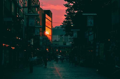 asakusa tokyo japan sunset light reflection asia