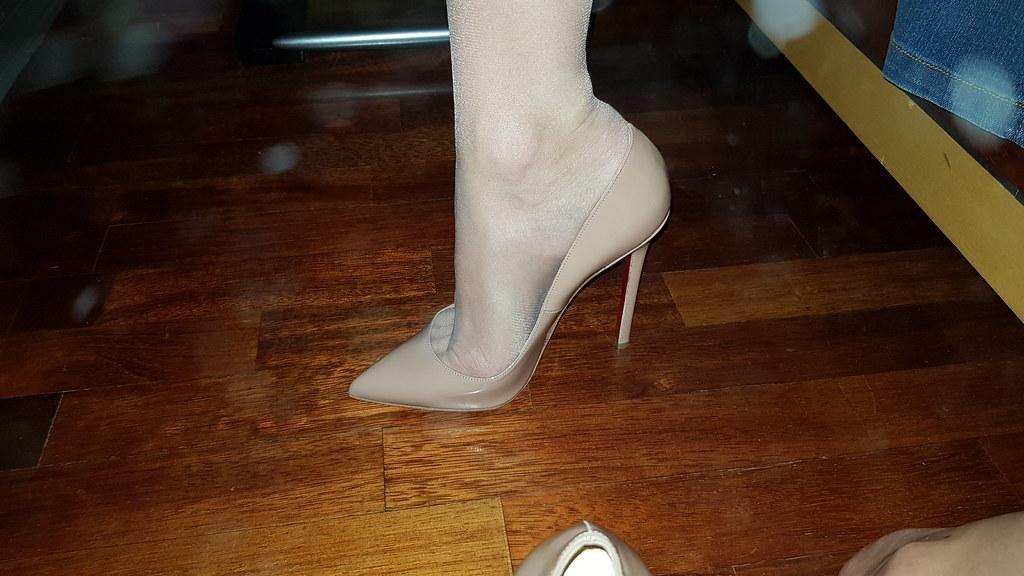 nouveau produit 1705d b0abb louboutin #louboutinworld #sokate | Mine and Her Heels | Flickr