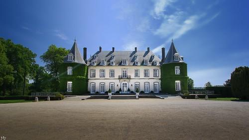 lahulpe solvay châteaudelahulpe castle hensyasmine landscape bluesky architecture