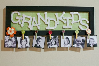 DIY Grandkids Picture Sign | by Emmymom2