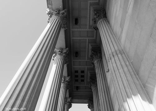 blackandwhite monochrome southcarolinastatehouse statehouse columns architecture pointofview bw blackwhite