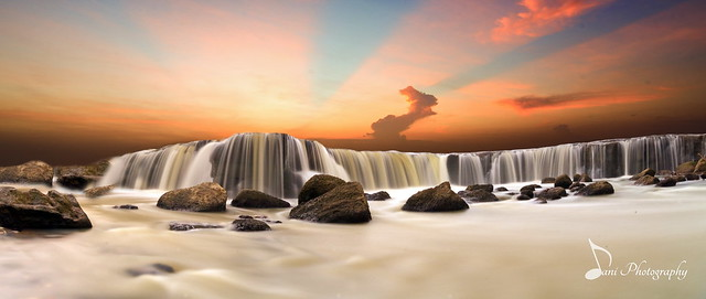Parigi Waterfall