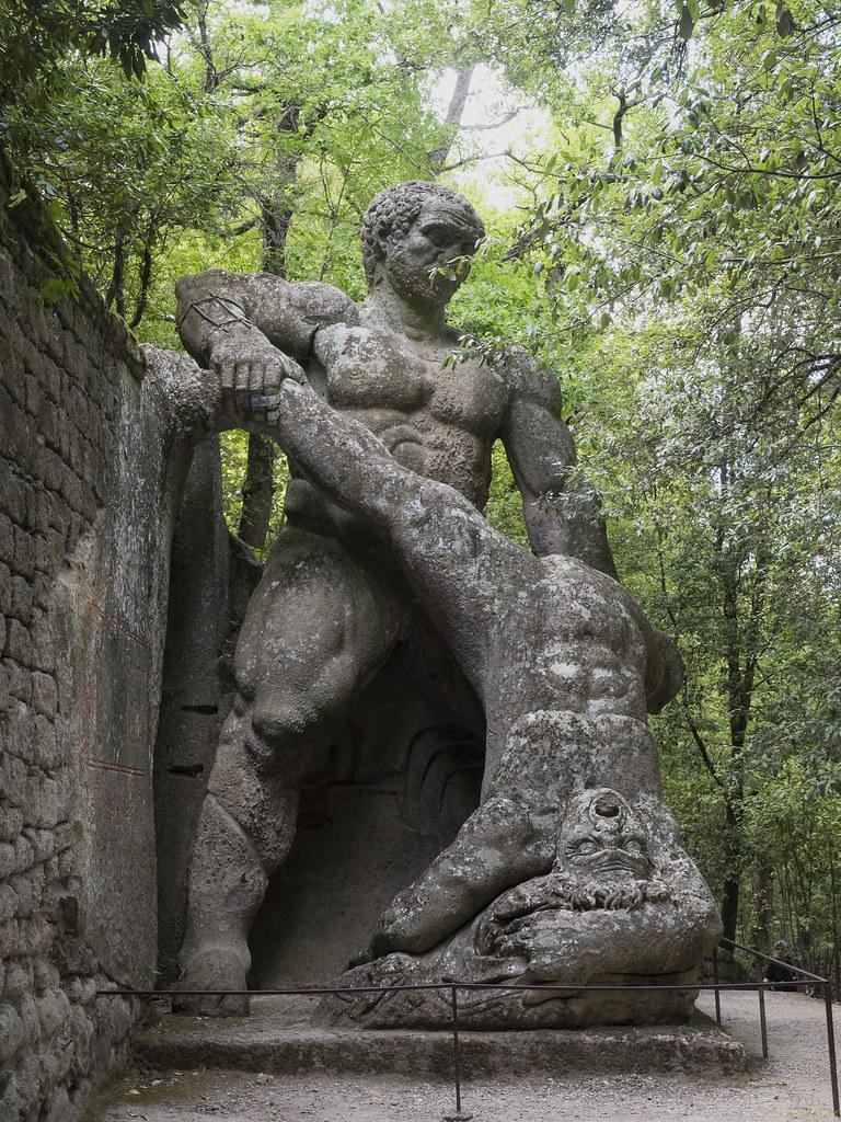 градина на чудовищата в Италия