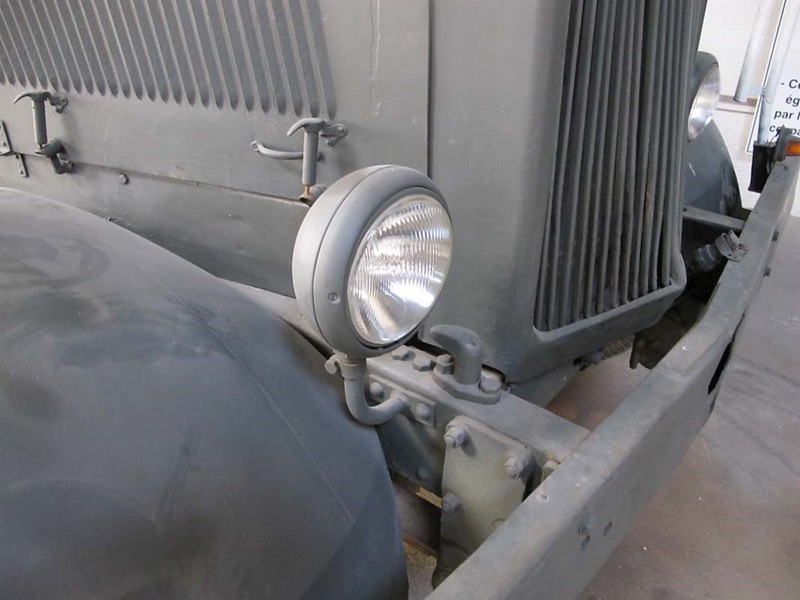 Hanomag ST-100 6