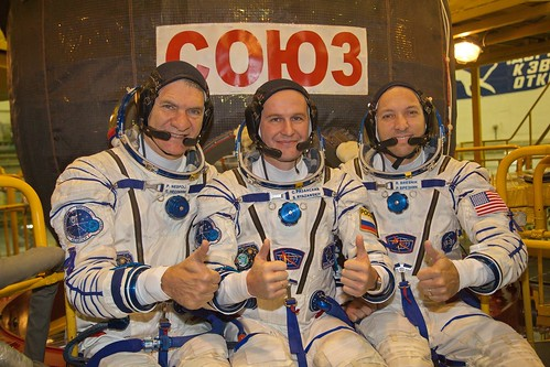 Pre-flight spacecraft check for Expedition 52/53 crew   by europeanspaceagency