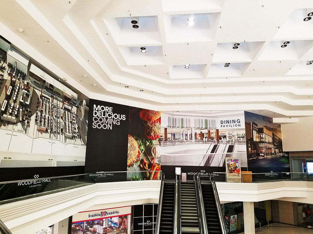 Simon Woodfield Mall (Schaumburg, IL) | Barricade Graphic De