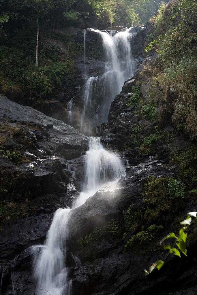 Iruppu Falls, Karnataka, India | Website | Instagram | Pinte