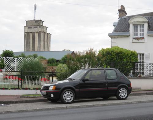 Peugeot 205 1.9 GTi | by Spottedlaurel