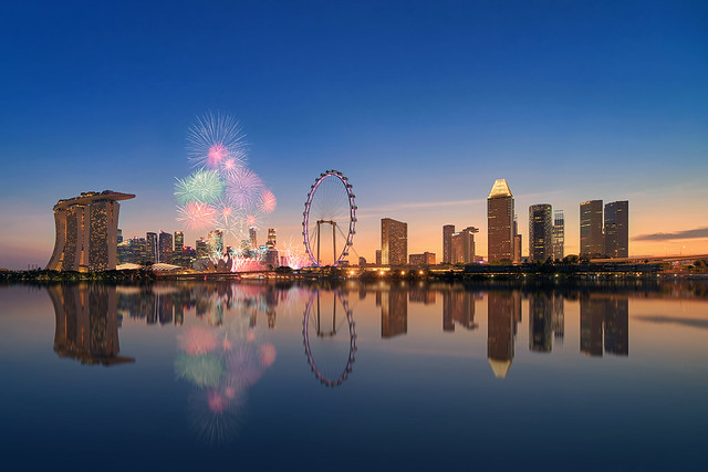 Singapore Skyline Fireworks (Explored)