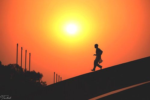 muslim bdmuslim indianmuslim pakistanimuslim dhaka2k17 dhaka2016 truth streetmuslim streetphotography sunset nightshot evning shot strreboy running motionshot