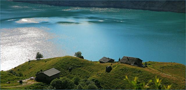 Lac-barrage de Roselend, Beaufort sur Doron, Savoie, Alpes, France