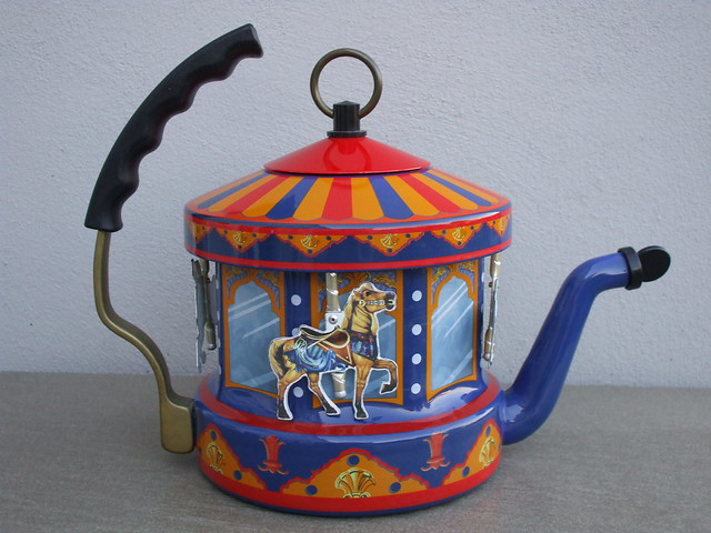 Kamenstein World of Motion Carousel Tea Kettle Merry Go Round Made In The USA Charity / Thrift Shop Find