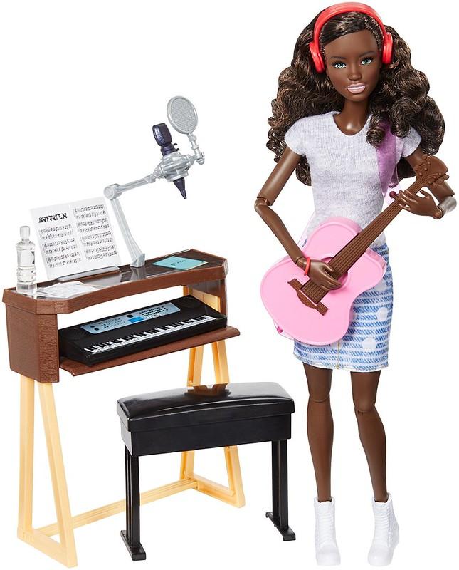 Más playline: Barbie Compositora  (Mattel FCP74)