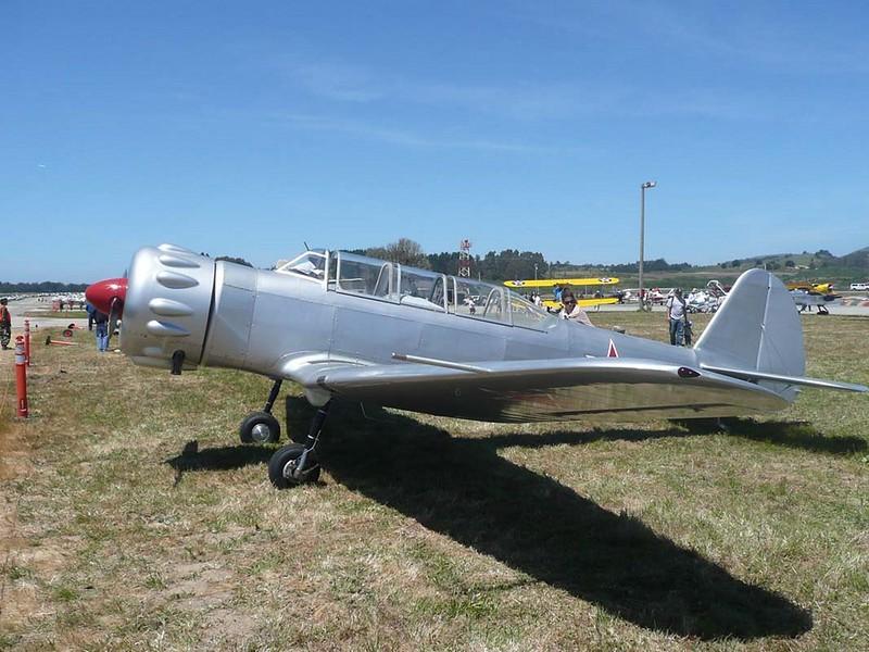 Yak-18 1