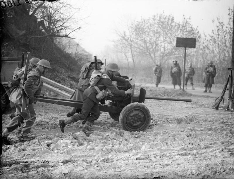 Francia 25mm Anti-tank
