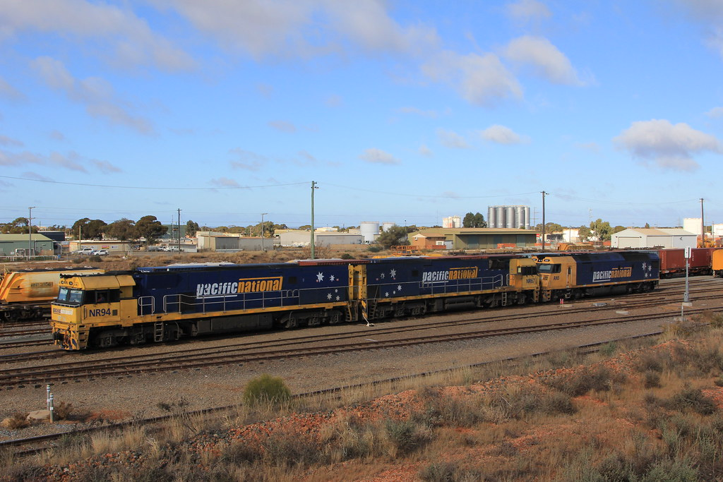 4PM6 West Kalgoorlie by Steve Caines