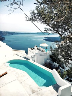 The Little Magpie Santorini Greece Guide | by Magpie132