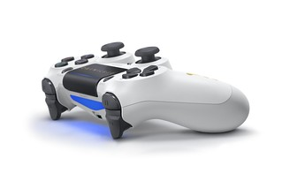 DUALSHOCK4_Destiny2_02 | by PlayStation Europe