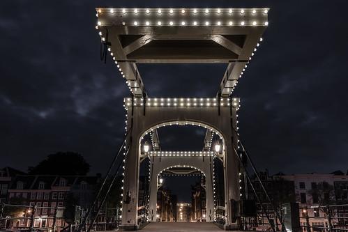 amsterdam magerebrug magere bridge skinny brug architecture dawn travel