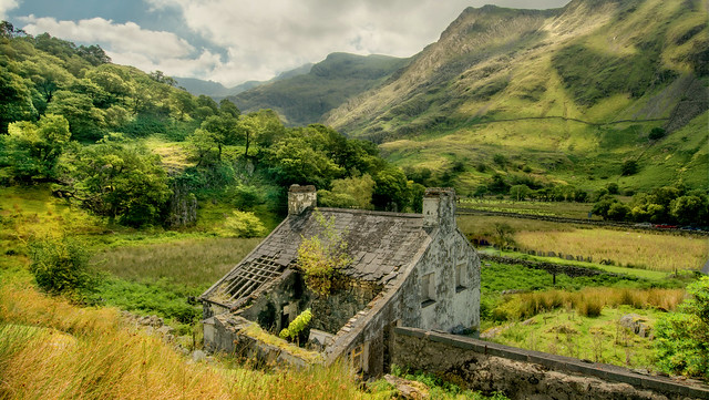 Abandoned House With A View ... Snowdonia