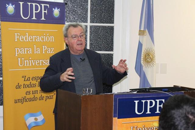 Argentina-2017-06-14-Argentina Lecture Explores 'Dignity'