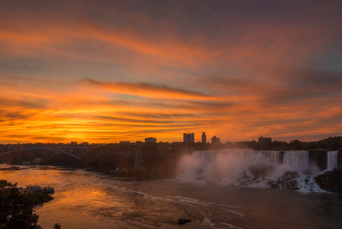 sunrise niagara nikon nature sky clouds colors amazing beautiful scenery scenic outdoors river water waterfall cascade waterscape ontario canada travel summer holiday morning early d750 landscape