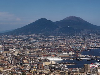 mount vesuvio and naples   by paddy_bb