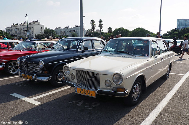 Volvo 164 and 121