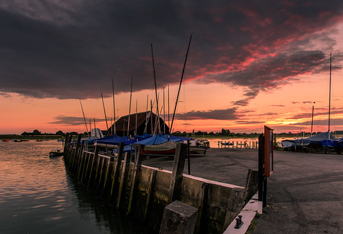 theboathouse sunset bosham westsussex southcoast quay boats clouds highlights filter lee nd grad nikon d810 2470mm july 2017 sunsetsnapper