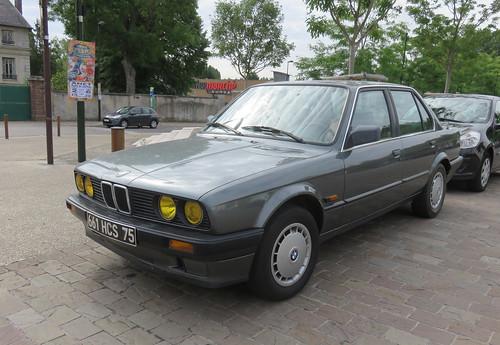 BMW 320i (E30)   by Spottedlaurel
