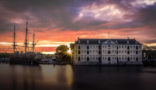 amsterdam scheepvaart museum sunrise cityscape