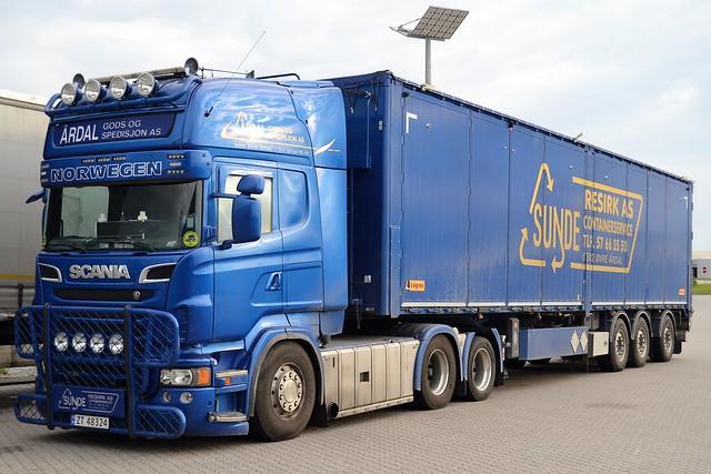 Scania R730 V8 - Årdal Gods & Spedisjon AS - Sunde Resirk Containerservice  Øvre Årdal-Norge - N  ZT 48324