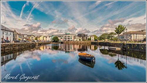 galway irlande miroir nuage bateau reflet
