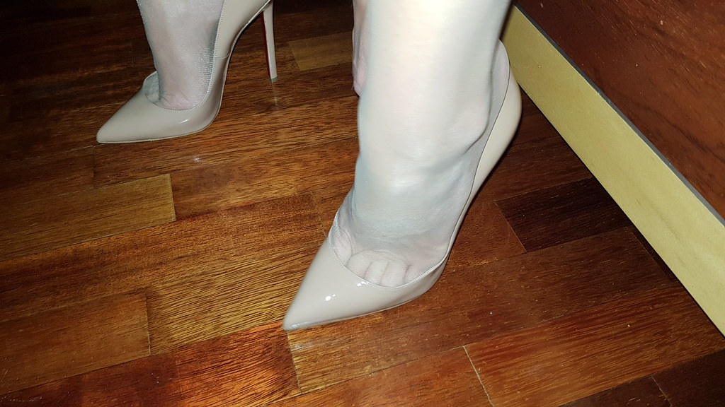 nouveau produit e6d31 7ca78 louboutin #louboutinworld #sokate | Mine and Her Heels | Flickr