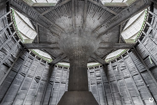 La Fontaine de Vengeance | by thomascaryn.com