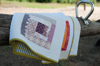 Quilty Circle of Bees - Baby Quilt for Yara
