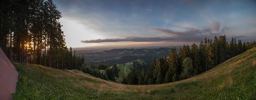 napf unescobiospäreentlebuch zyberliland romoos aussicht view mittelland switzerland schweiz wandern zelten pfadi spatz abendstimmung